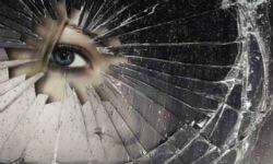 К чему разбиваются зеркала в доме